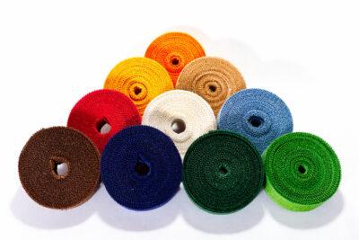 Jutové dekorační pásky - barevné (4 cm, 25 bm)